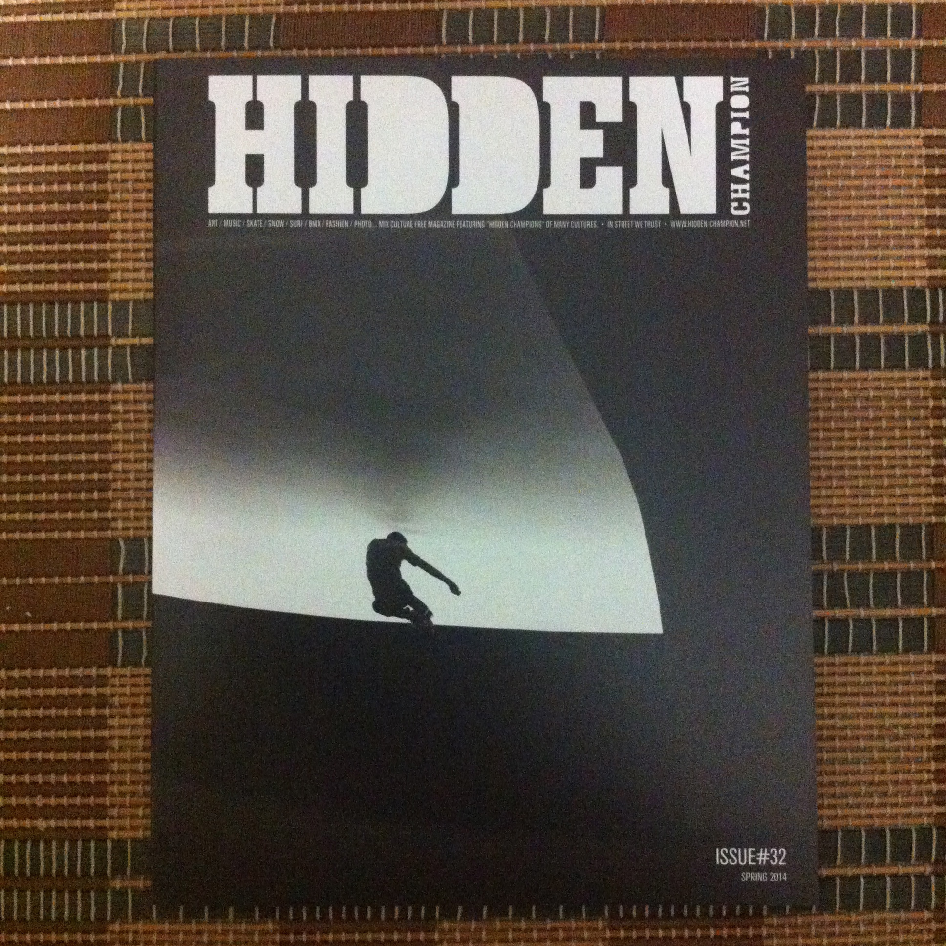 『HIDDEN CHAMPION』 Issue#32(Spring 2014)